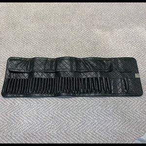 BH Cosmetics black 36 brush roll (no brushes)